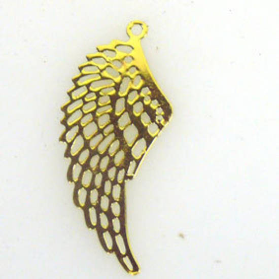 Metal Charm: Thin stamped wing - gold
