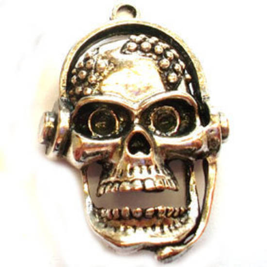 Metal Charm: Large skull with headphones - antique silver