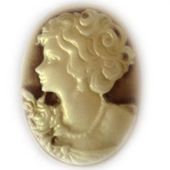 Cameo Cabochon: Brown and ivory oval 28x38mm, classical style female head