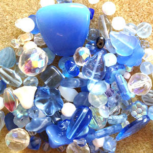 Pressed Glass Bead MIX, lighter blues