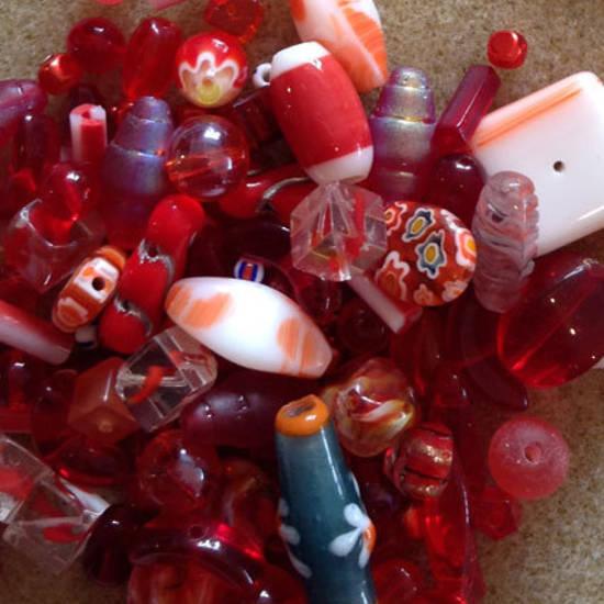 Pressed Glass Bead MIX: Reds