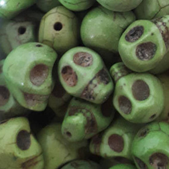 Howlite Skull: Small - Pea Green