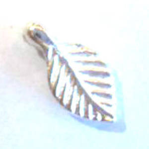 Acrylic Leaf, 5mm x 9mm - Bright Silver