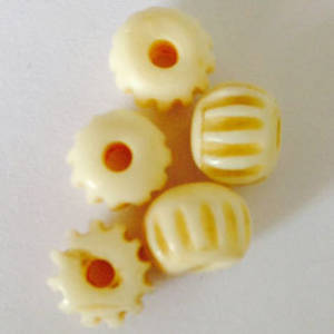 Bone Bead: 7mm pumpkin