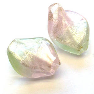 Chinese lampwork twist, pale pink/green