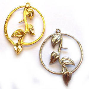Metal Charm: Circle with central vine - silver/gold