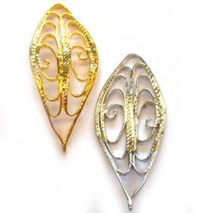 Metal Charm: Curved filigree leaf - gold/silver