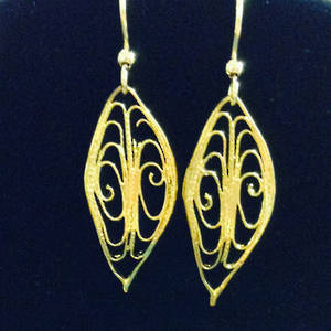 EARRINGS: Filigree Leaf, gold
