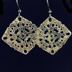 EARRINGS: Filigree Square Diamonds