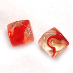 10mm facet cube - Red/White/Transparent