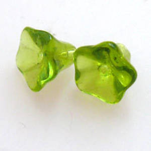 NEW! Trumpet flower, 8mm - Lt Olivine
