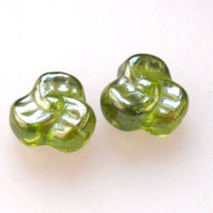 NEW! Tri Flower, 9mm - Olivine lumi