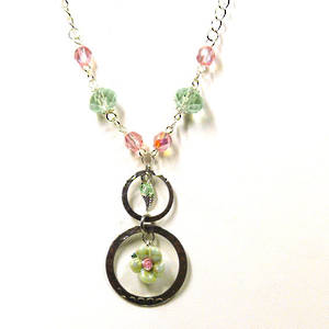 Linked Chain Necklace Kitset, light green flower