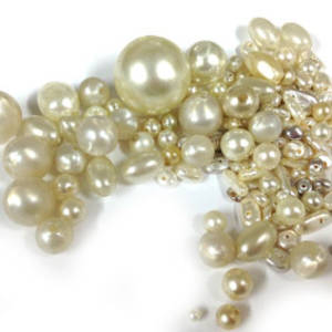 NEW! Glass Pearl Mix: Creams