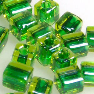 4mm Miyuki Square: 2636 - Emerald/Lime, colour lined