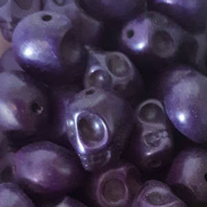 Howlite Skull: Small - Deep Purple