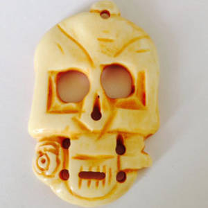 Bone Bead: Very Large Skull with rose
