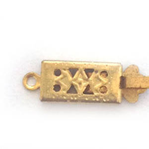 Box Clasp: Imprinted rectangular - gold