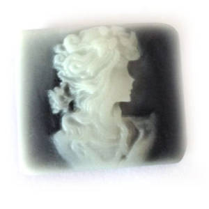 Cameo Cabochon: Black and white rectangle 24x28mm, classical female head.