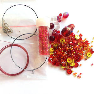 Youth Bead and Finding Pack: Reds with red feature seeds